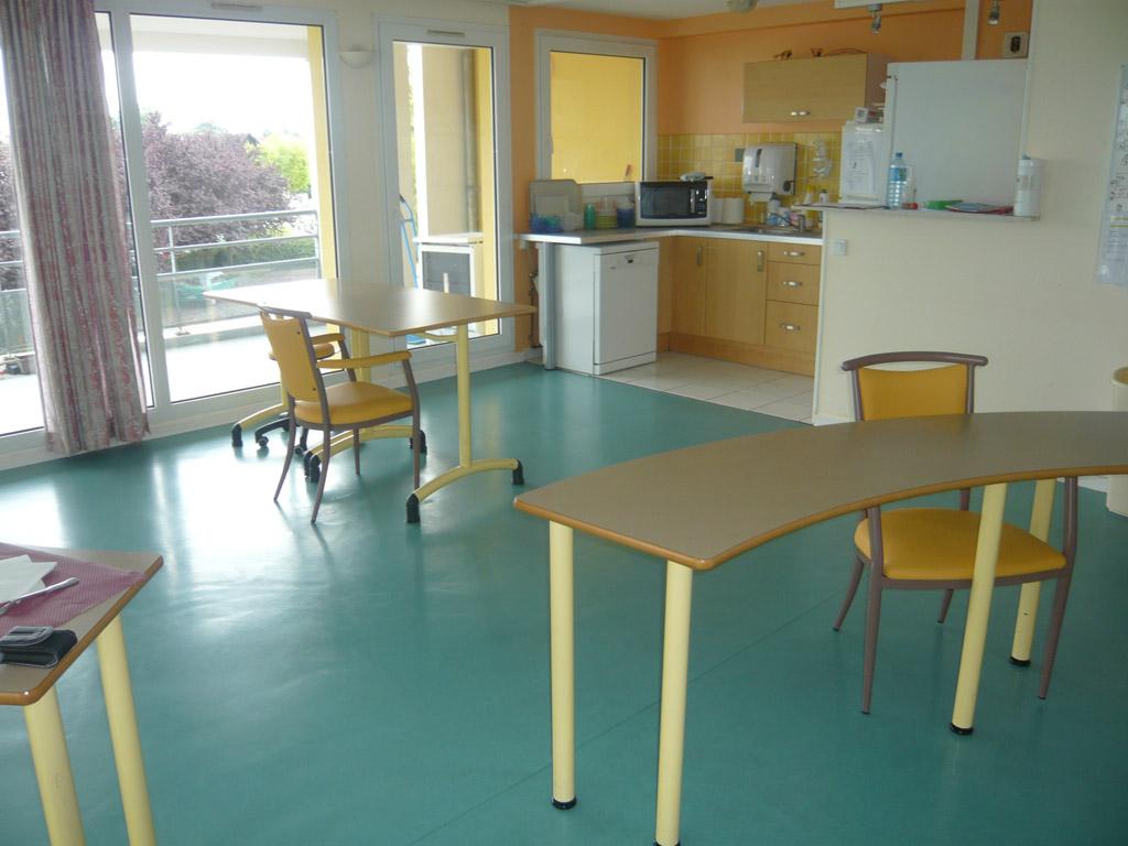 La Salle Admissions >> Depuis 1994, la maison de retraite à Neuilly-les-Dijon ...